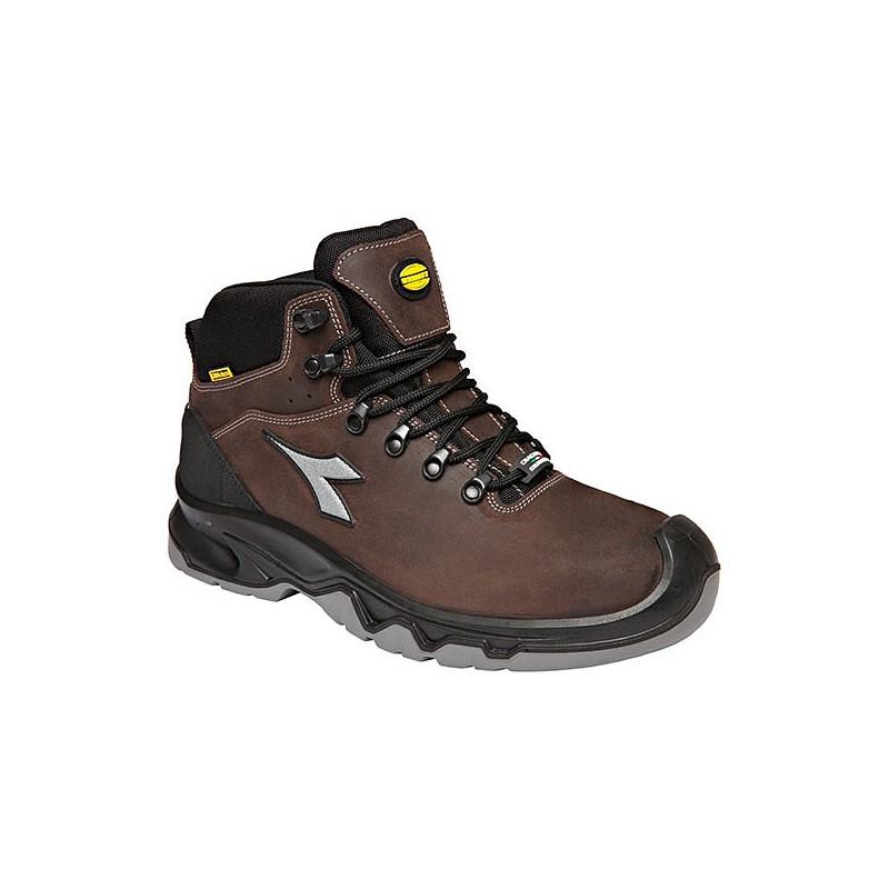 2493391ab2 Chaussures de securite DIADORA